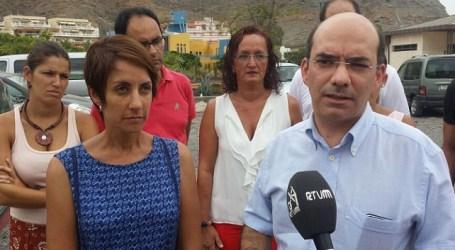 El socialista Roberto Moreno comprueba las deficiencias sanitarias de Mogán