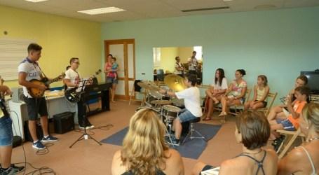 Alumnos de distintas edades participan en los talleres de Soul de Maspalomas