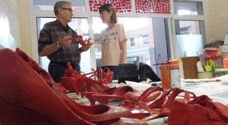 Maspalomas se suma al proyecto 'Zapatos rojos' contra el dolor del feminicidio