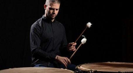 Navarro interpreta el Concierto para percusión de Roukens con la OFGC y Halffter