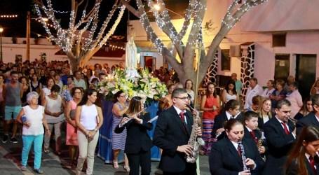 Veneguera celebra las bodas de oro de la iglesia de Nuestra Señora de Fátima