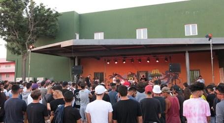 """Cerca de 400 jóvenes disfrutan del """"Mix a bit"""" en el parque El Taro de Doctoral"""