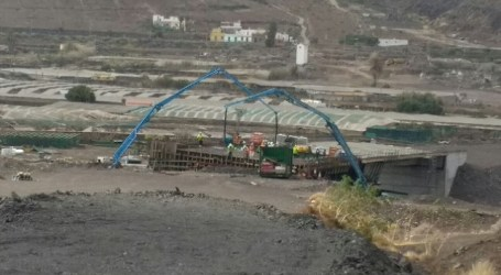 Finalizan los trabajos de hormigonado del viaducto del barranco de La Aldea