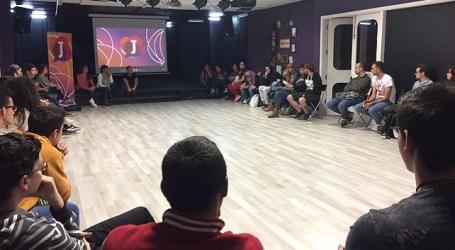 La Fábrica de Ideas se abre a las propuestas de ocio, culturales y artísticas de los jóvenes