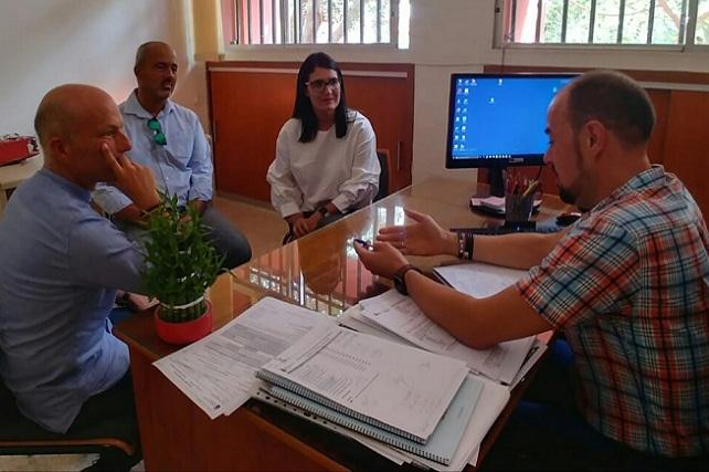PSOE de Santa Lucía, visita de la diputada Ana González