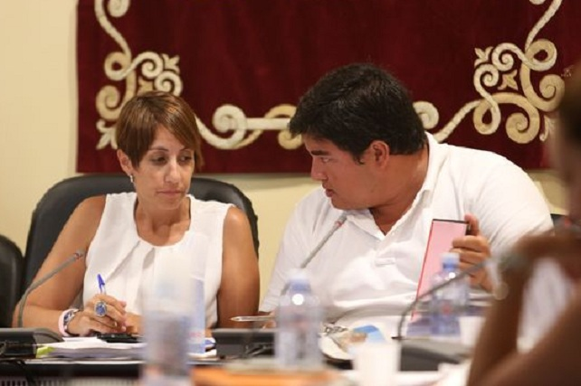 Onalia Bueno y Mencey Navarro