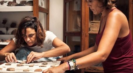 Santa Lucía recibe la colección arqueológica de Sánchez Araña, que se exhibirá en un nuevo museo municipal