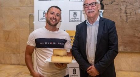 El queso mezcla de Lomo El Chorrito de Valleseco, Mejor Curado de Gran Canaria 2019