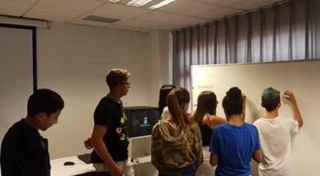 Los talleres motivacionales para adolescentes promueven dinámicas para evitar el abandono escolar