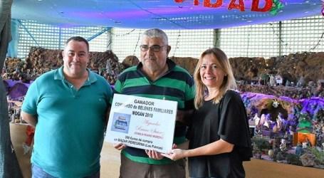 Alejandro Ruano, ganador del primer Concurso de Belenes Familiares de Mogán