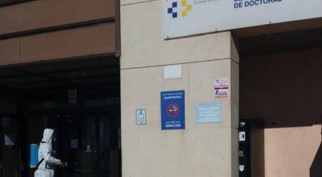 El Ayuntamiento mejora la coordinación con los centros de salud y ofrece recursos municipales de apoyo al personal sanitario