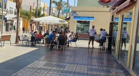 El Ayuntamiento permite la ampliación del espacio para terrazas con carácter temporal