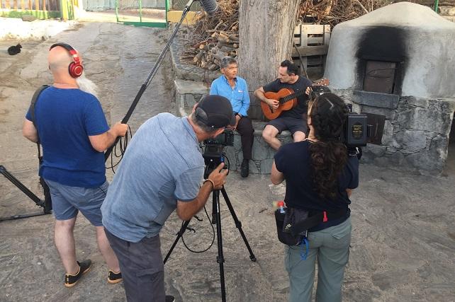 TV Canaria emite el documental 'Somos camino', una visión plural que entrecruza tradición popular y creencia alrededor del Pino El día 8 de septiembre, a las 22:15 horas, se programa este singular trabajo que firman Mario Vega y Francisco Quintana