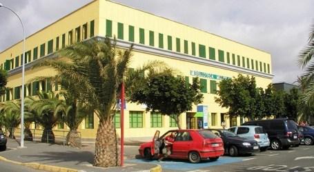 Santa Lucía celebra el Día de Las Bibliotecas regalando mil libros de Benito Pérez Galdós