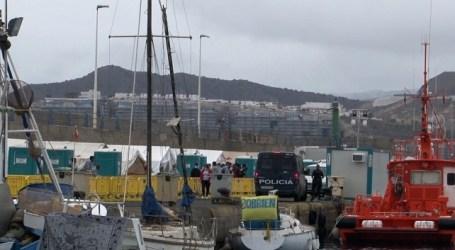 El mal tiempo intensifica la preocupación por los migrantes del Muelle de Arguineguín