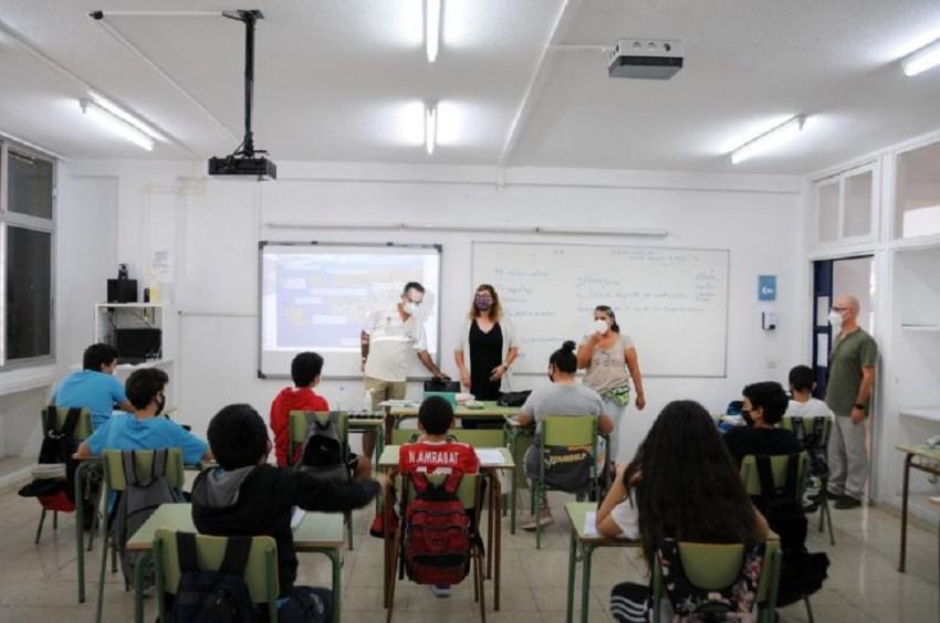 """Comienza la 2ª edición del programa municipal """"Educando para la sostenibilidad"""" El acto de inauguración fue precedido por la realización de cuatro de los 26 talleres educativos y de concienciación programados en el IES Támara"""