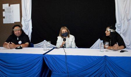 13 10 2021 Conferencia Actividad Comunidad Mapuche 1