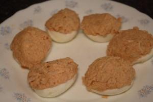 huevos-rellenos-envueltos-3