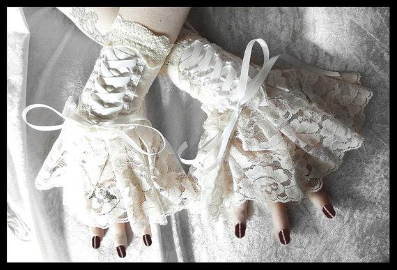 Rococo Wedding Dress Gloves