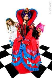 """alt=""""queen-of-hearts-in-wonderland"""""""