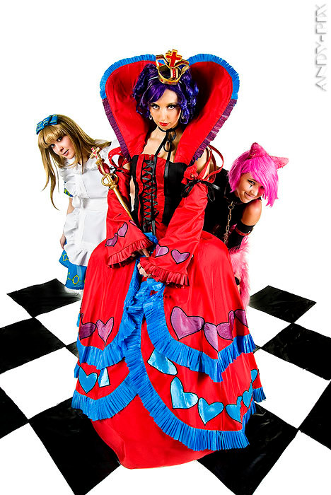 "alt=""queen-of-hearts-in-wonderland"""