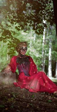 "alt=""ruby red prom dress"""