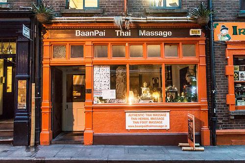 thai massage photo