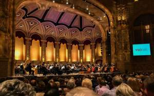MC-Comfort-Zone-Vancouver-Symphony-Orchestra-2