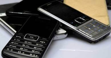 Penjualan Ponsel Tanpa Koneksi Internet Meningkat