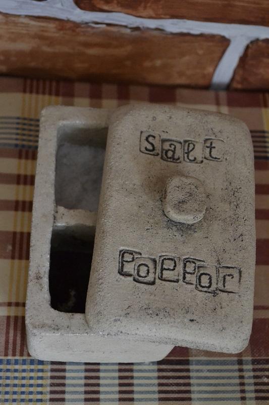 Ёмкость для соли/перца 1