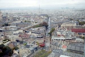 La vue sur Paris depuis la tour Zamanski, 24 étages au-dessus du sol. Photo par P. Kitmacher