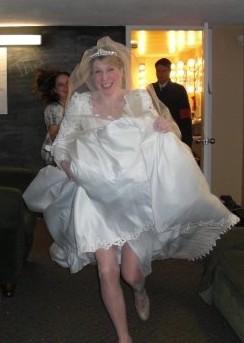 Maria's Backstage Run To Her Wedding Scene