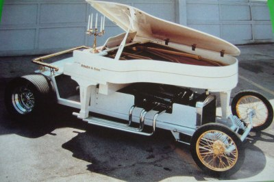 Earlier version of Liberace Piano car by Jay Oherberg