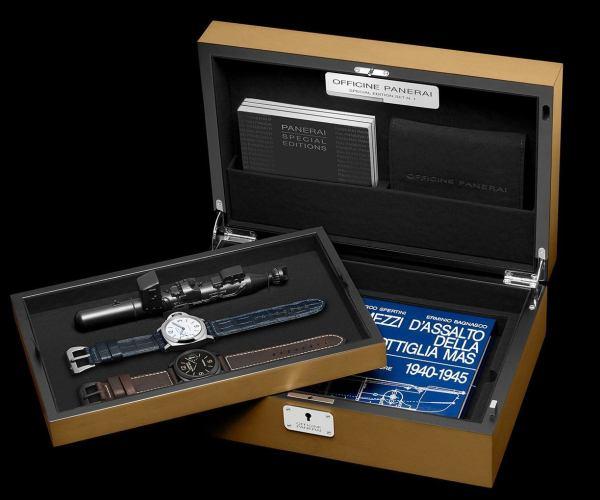 Panerai Luminor 8 Days Set (Luminor Black Seal Left-Handed 8 Days Acciaio DLC, 44mm & Luminor Daylight 8 Days Acciaio, 44mm)