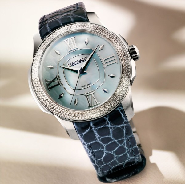 Ateliers deMonaco Ronde de Monte-Carlo watch with white gold diamond-set case and blue mother of pearl dial