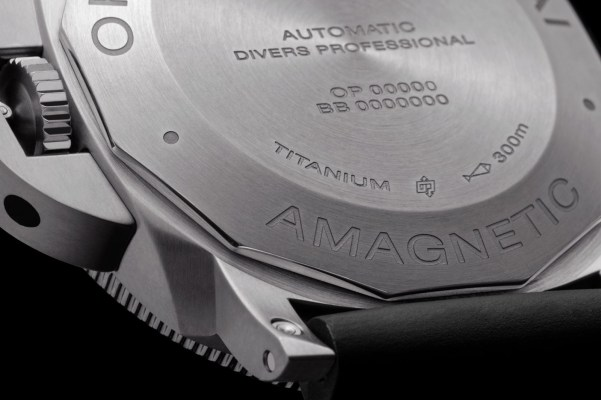 Panerai Luminor Submersible 1950 Amagnetic 3 Days Automatic Titanio – 47mm , Reference: PAM01389