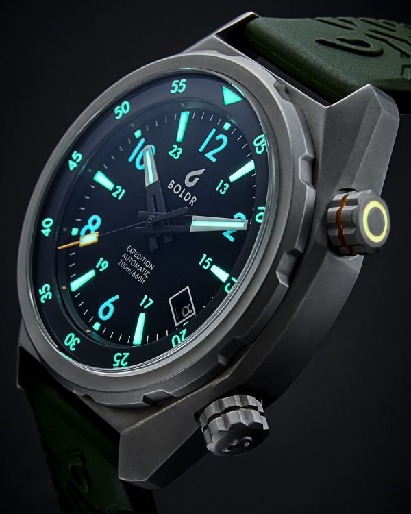 BOLDR Expedition 2019 watch lume