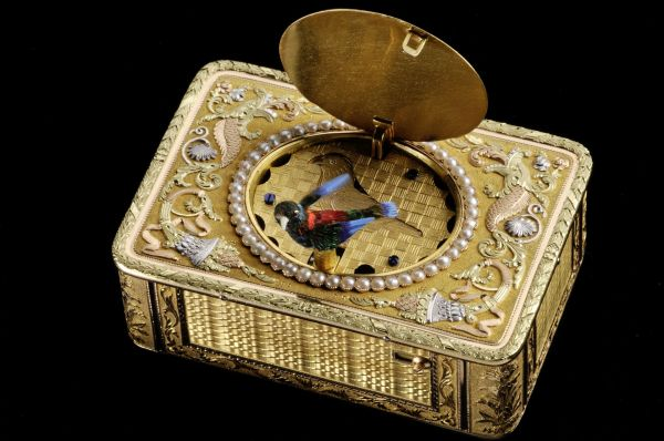 Snuff Box with Singing Bird