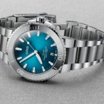 Oris Aquis Date New 39.5mm Model with Oceanic Blue Gradient Dial