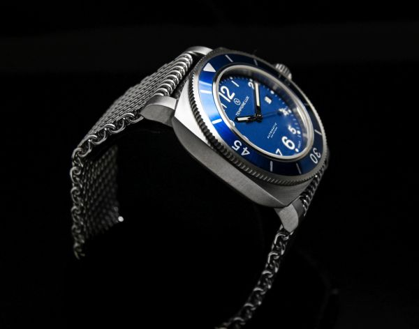 Tempore Lux Vintage One Automatic blue dial