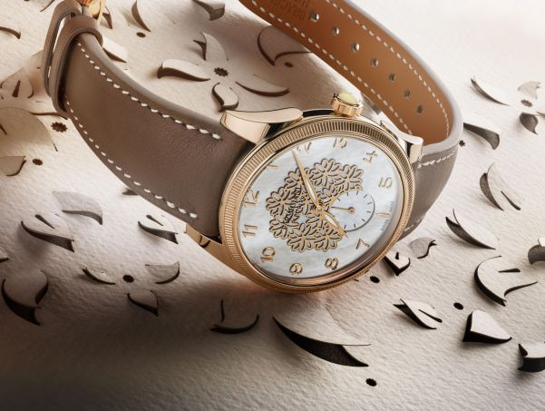 Parmigiani Fleurier Toric Lady Fleur with Rose Gold Case and White Mother-of-pearl Dial