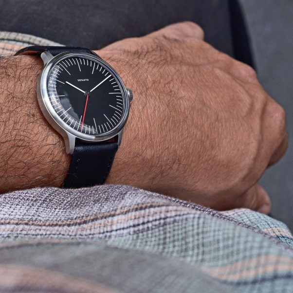 Defakto Vektor Orbit automatic watch