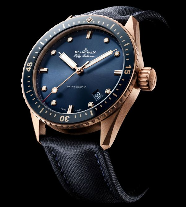 Blancpain Fifty Fathoms Bathyscaphe New Model with Sedna® Gold Case and Blue Dial (Ref. 5000-36S40-O52A)