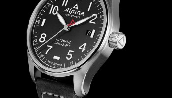 Alpina Startimer Pilot Automatic 40 mm watch stainless steel case