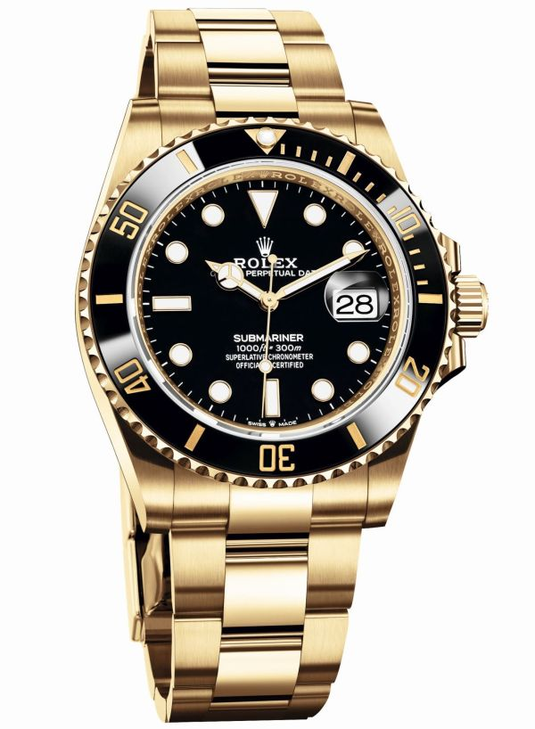 Rolex Oyster Perpetual Submariner Date in 18 ct yellow gold with a Black Cerachrom bezel and a black dial (Reference 126618LN)