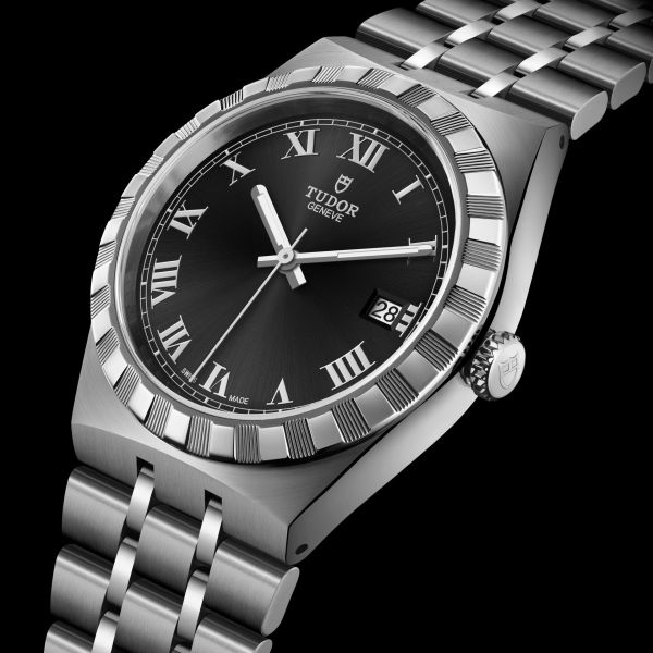 TUDOR ROYAL 38mm, M28500-0003: Stainless steel case and bracelet, Black dial with Roman Numerals
