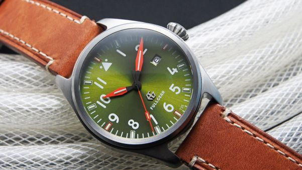 Fullgear Pioneer – The World First Customizable Tritium watch