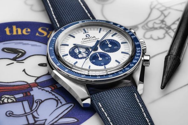 "OMEGA Speedmaster ""Silver Snoopy Award"" 50th Anniversary watch"