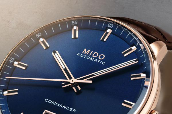 Mido Commander Big Date (M021.626.36.041.00)