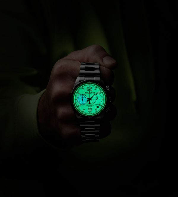 Bell & Ross BR V2-94 FULL LUM Limited Edition watch lume